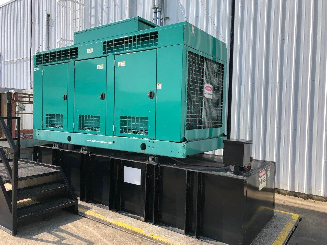 Máy phát điện 150 kva 3 pha chạy dầu